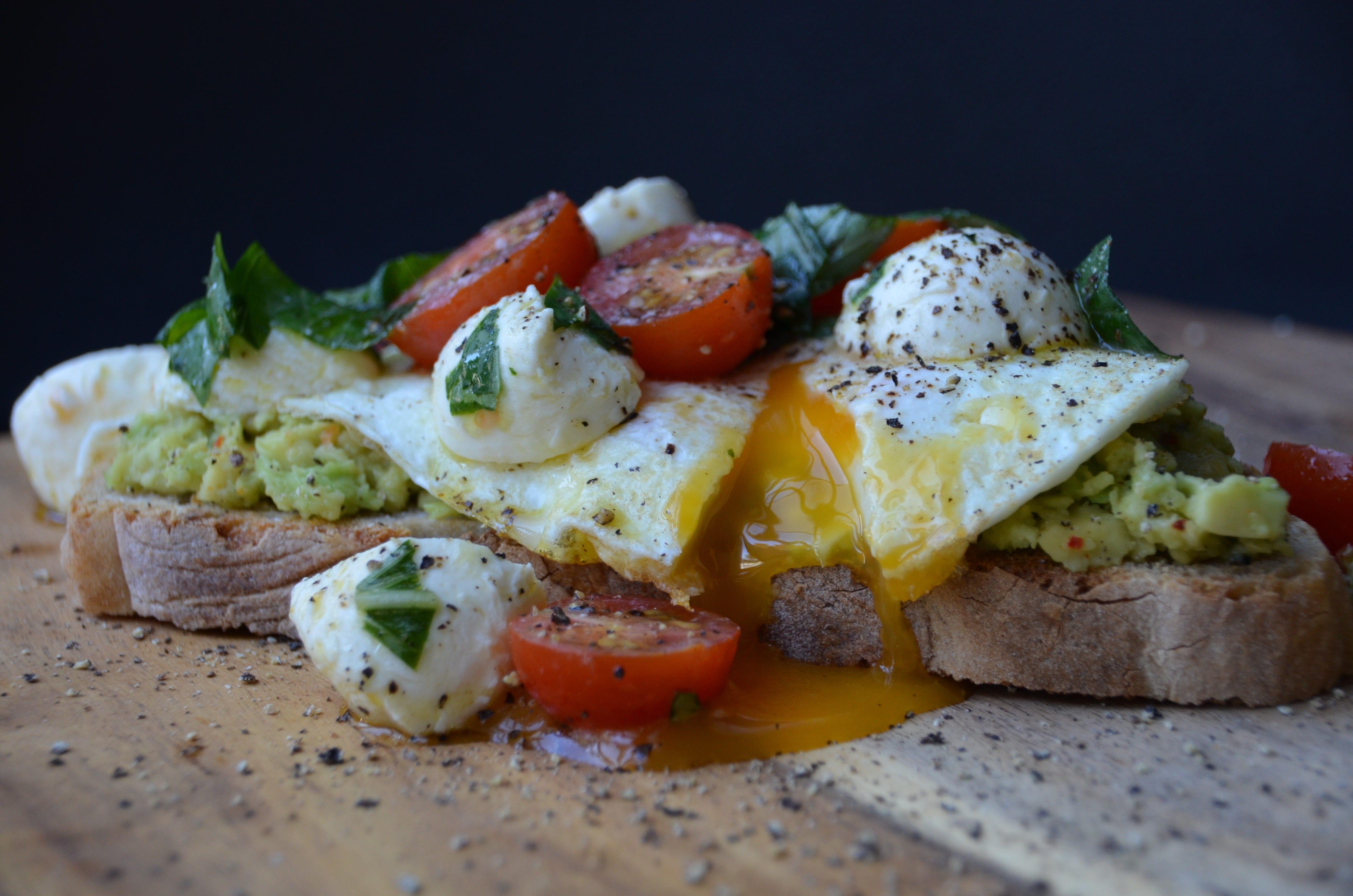 Lúxus morgunverðarsneið með eggi