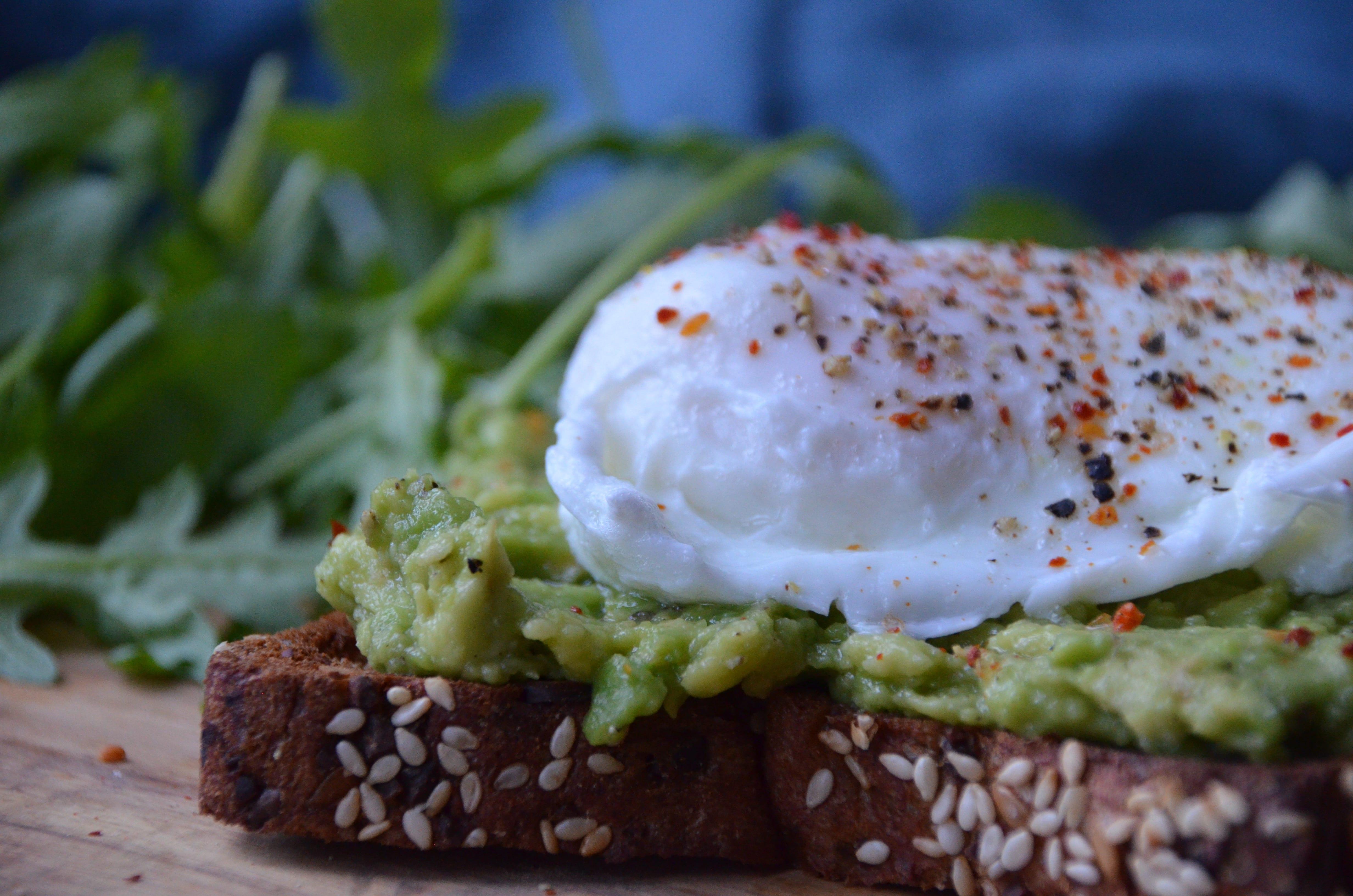 Avocado-rist með hleyptu eggi