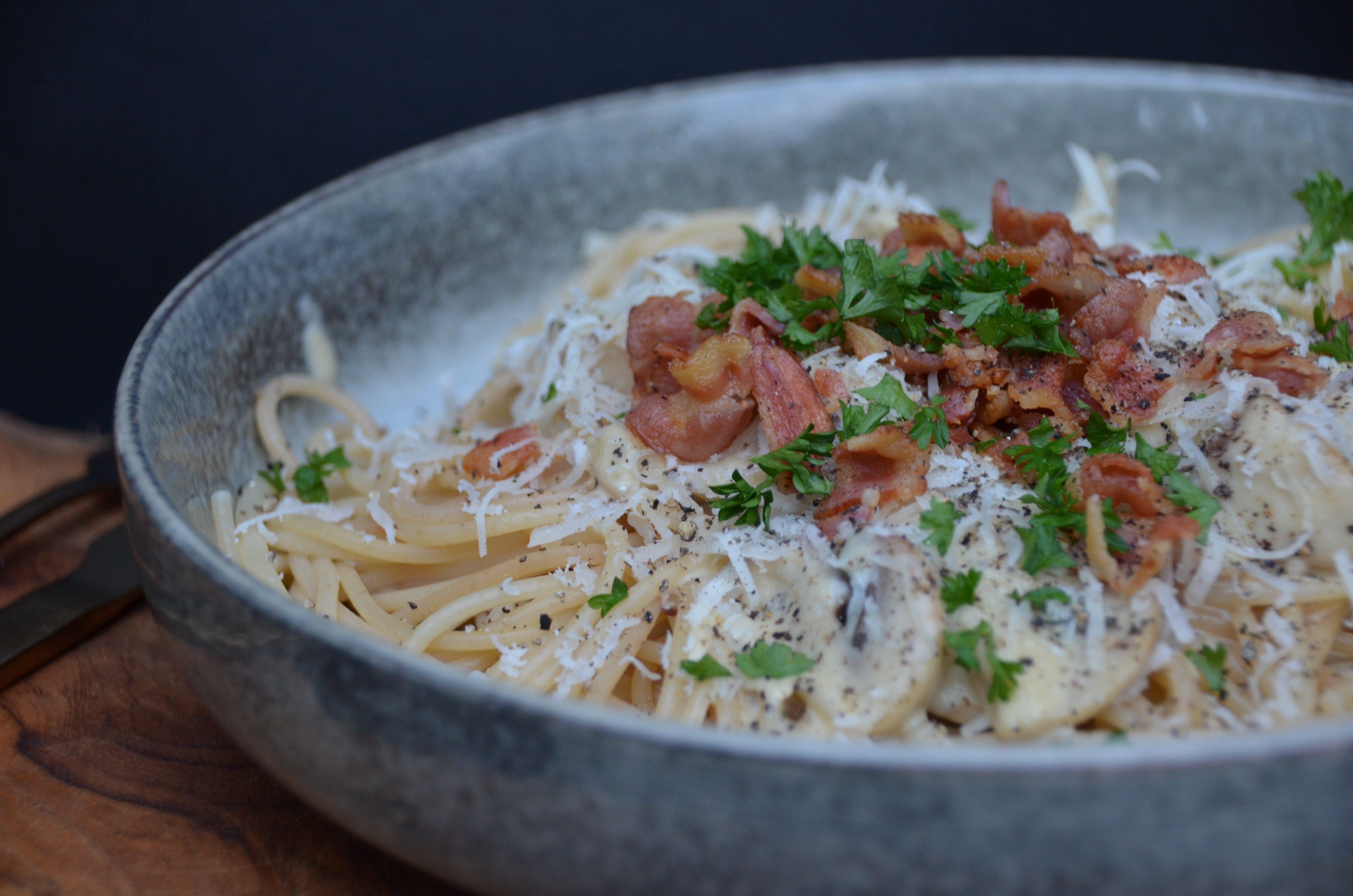 Spaghetti með camembert og beikoni