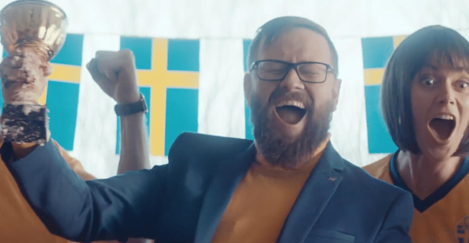 """Styðja Svíþjóð á HM í óvenjulegustu HM-auglýsingunni í ár: """"För Sverige!"""""""