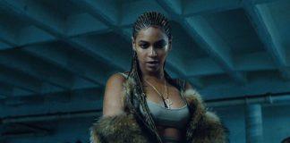 Beyoncé á von á tvíburum og hún tilkynnti það með stórkostlegri mynd á Instagram