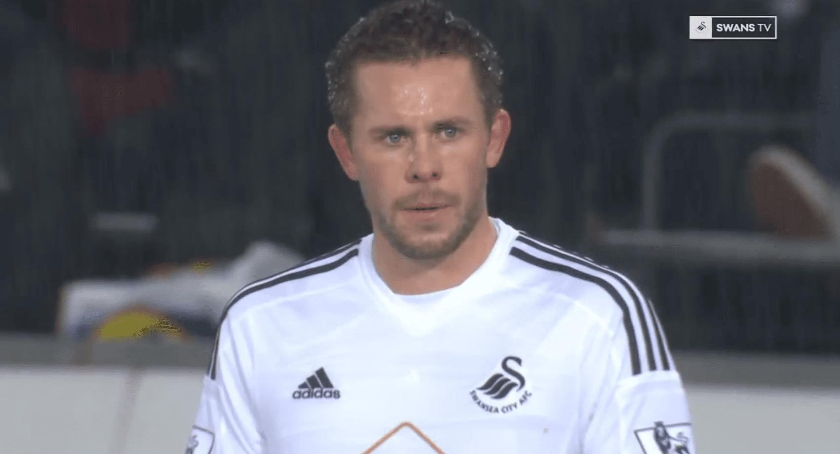 Swansea hafnar 40 milljóna punda tilboði Everton í Gylfa Sigurðsson