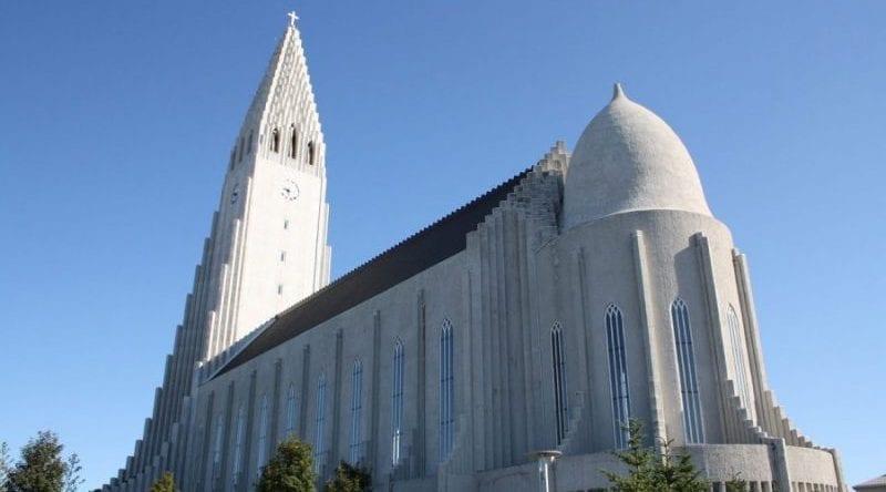 Alþingi gerir skýrslu um stöðu þjóðkirkjunnar