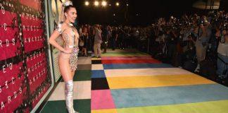 Miley Cyrus gefur út nýtt lag