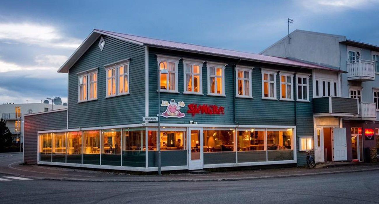 Örskýring: Eigandi Sjanghæ á Akureyri stefnir RÚV