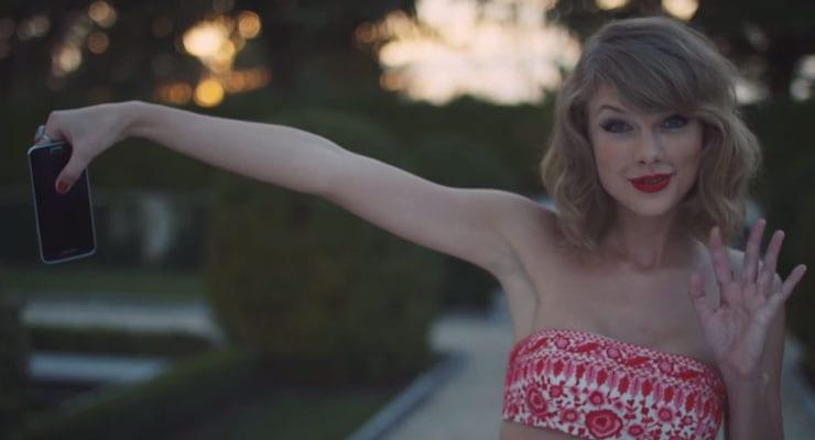 """Rihanna vill ekki stíga á svið með Taylor Swift: """"Hún er fyrirmynd"""