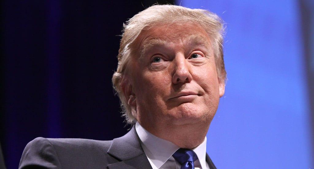 """Trump hótar Írönum með hástöfum á Twitter: """"Afleiðingar sem eiga sér fáar hliðstæður í mannkynssögunni"""""""