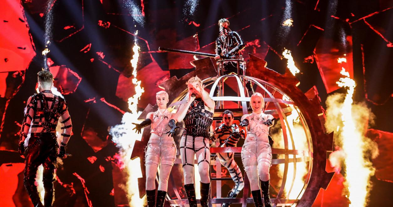 """Fyrrum sigurvegari Eurovision grátbiður Hatara um að haga sér: """"Íslendingar eru með eitthvað stórt í bígerð"""""""