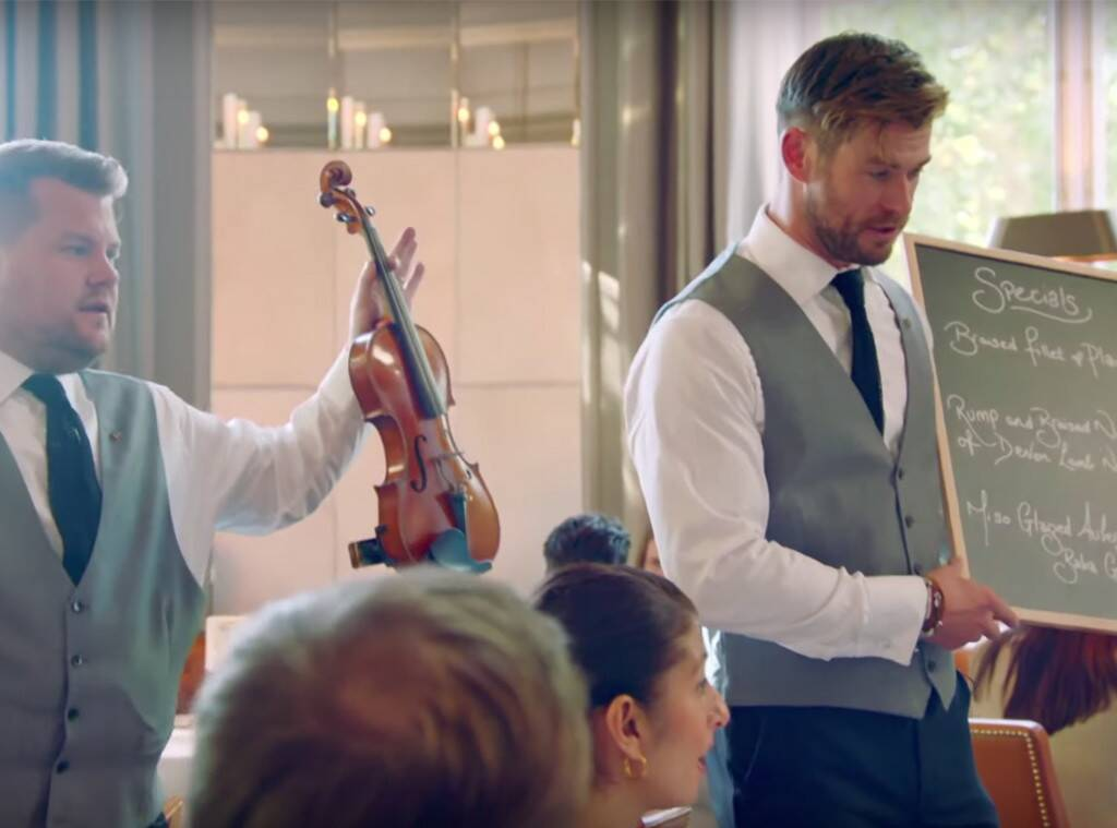 James Corden og Chris Hemsworth kepptu um hvor væri betri þjónn - Sjáðu myndbandið