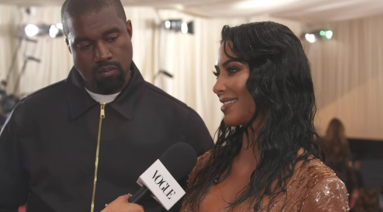 Kim Kardashian og Kanye West eignuðust sitt fjórða barn
