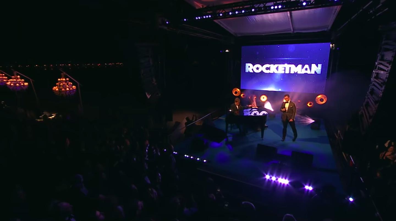 Elton John og Taron Eggerton sungu saman á frumsýningu Rocketman - Sjáðu myndbandið
