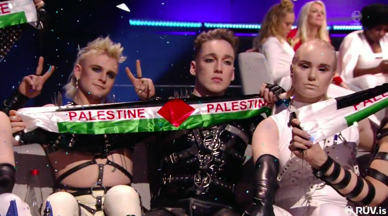 Starfsmaður flugfélagsins rekinn vegna sætaskipan Hatara eftir Eurovision