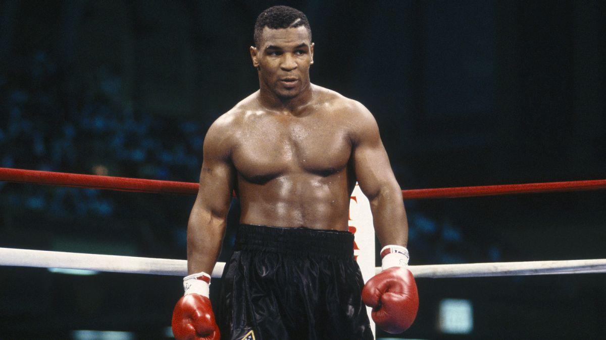 Mike Tyson átti nokkur rosaleg ROTHÖGG á ferlinum! - Hér eru 10 bestu! - Myndband