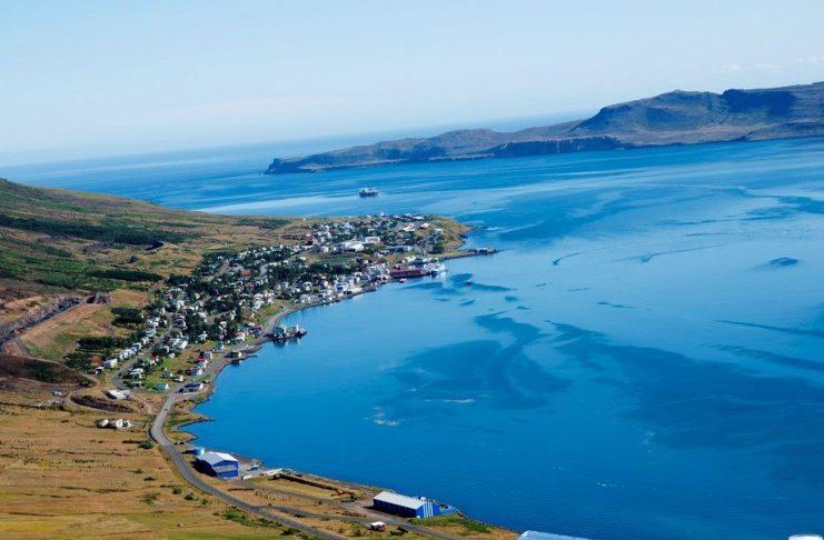 Maðurinn sem var stunginn í Neskaupstað mikið særður en líðan hans er stöðug