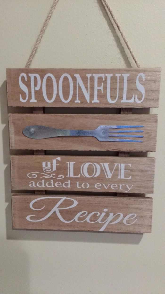 If Only There Was Some Other Utensil They Could Have Put On This Kitchen Decoration...