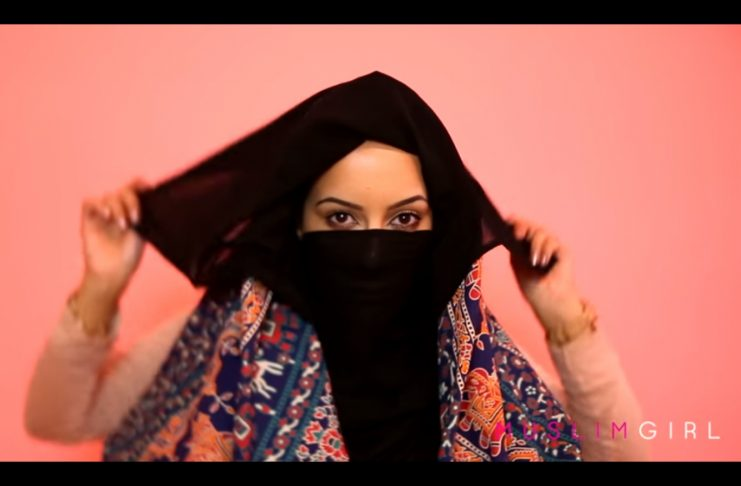 Hijab í 100 ár