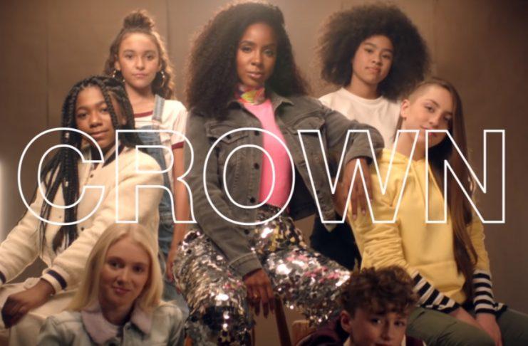 Kelly Rowland's Underhanded Denigration of Bald People: