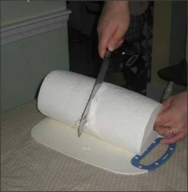 Really Stupid Or Pure Genius Ideas running out of toilet paper