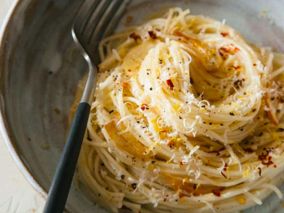 Spaghetti með hvítlauk, chilli og sítrónu