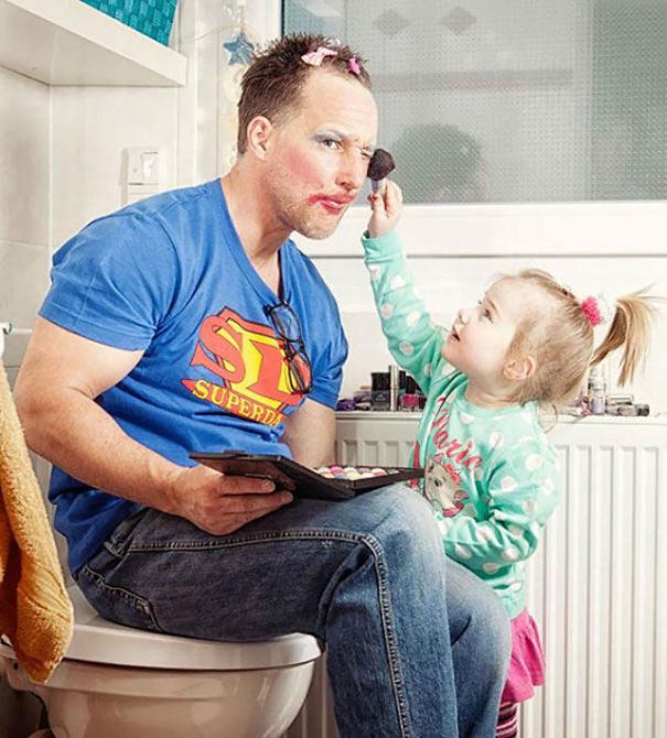 Letting Your Daughter Do Your Make up